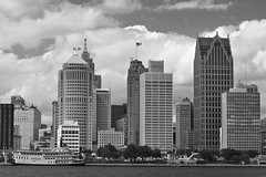 Detroit (Mike_ww) Tags: detroit windsor motorcity skyline