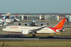 Air India B787 VT-NAA Seconds From Touchdown On 27L (KianL Aviation Photography) Tags: aircraft aviation avgeek airplane airlines boeing b787 787 airindia indian asia photography planes planegeek vtnaa landing arrival holiday london heathrow lhr