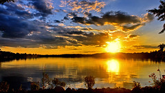 Just a Plain ol August Sunset (Bob's Digital Eye) Tags: 2017 august bobsdigitaleye canon canonefs1855mmf3556isll flicker flickr h2o lake lakesunset lakescape landscape sunset sunsetsoverwater t3i water laquintaessenza