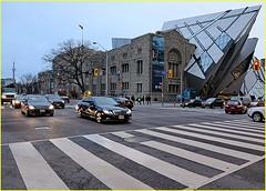 171205 Toronto Bloor Street Area (24) (Aben on the Move) Tags: toronto canada ontario bloorstreet rom city urban building architecture