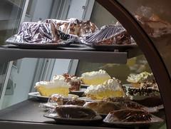 Landmark Restaurant Pie Slice Case 12-3-17 01 (anothertom) Tags: williamsburgiowa landmarkrestaurant restaurant inside dessert pieslice glasscase treat 2017 sonyrx100ii
