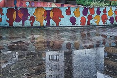talking heads (berberbeard) Tags: hannover fotografie photography urban berberbeard berberbeardwordpresscom germany ilce7m2 itsnotatrick street primelens festbrennweite zeiss 35mm sony deutschland linden 35talifeproject 35x35