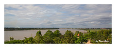 SHF_0606_Mekong Rever_ the border between Thailand - Vieng Chan (Tuan Râu) Tags: 1dmarkiii 14mm 100mm 135mm 1d 1dx 2017 2470mm 50mm 70200mm tuấnrâu2017 canon canon1d canoneos1dmarkiii canoneos1dx river mekong mekongriver sôngmêkoong thailand lào viengchan tuanrau tuan râu httpswwwfacebookcomrautuan71 vientiane