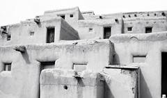 Taos Pueblo (Polylepis) Tags: santafe taos zeiss adobe distagon3514zm architecture tap explore distagont1435 mmount pcx