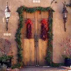 Chile Ristras (suenosdeuomi) Tags: santafe ristras christmas decor entry olympus olympusepm1