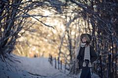 Primeras Nieves II (Gure Elia) Tags: model portrait snow modelo redhead pelirroja ibañeta nieve wood bosque woods trees backlight winter coldtones coldbalance bokeh samyang135f2 f2 forest december