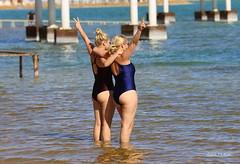 Rubias - Blondes (Saul Tevelez) Tags: israel marmuerto mar deadsea canon sea rubias blondes mujeres women turismo tourism dos two agua water saultevelez canoneos6d ef70200mmf28lisiiusm