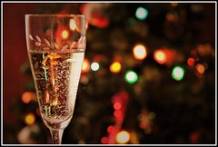 Au revoir 2017............ Bonjour 2018 ! (Les photos de LN) Tags: champagne nouvelan coupe voeux effetbokeh couleurs lumière bulles