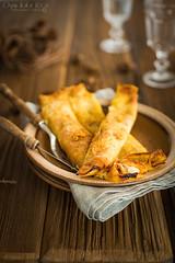 crepes (Malgosia Osmykolorteczy.pl) Tags: food foodie foodphoto foodstyling fotografia jedzenie kuchnia culinary kulinerne crepes orange cinnamon cynamon naleśniki pancakes