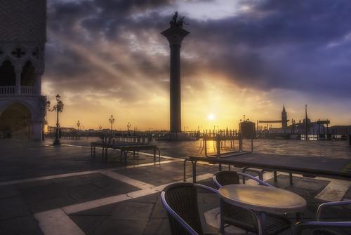 Venetian paths 64(a coffee please)
