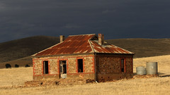 Midnight Oil House (Alan McIntosh Photography) Tags: old relic house ruins rural burra south australia landscape