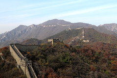 The Great Wall at Mutianyu, China (mbphillips) Tags: china 中国 중국 中國 thegreatwall thegreatwallofchina 長城 长城 慕田峪 慕田峪长城 慕田峪長城 mutianyu asia 亞洲 fareast アジア 아시아 亚洲 sigma1835mmf18dchsm canon80d mbphillips landscape paisaje 景观 景觀 경치 mountain 산 山 montaña geotagged photojournalism photojournalist autumn otoño 秋天 가을