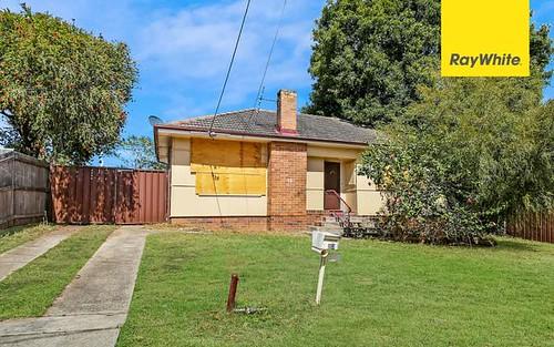 13 Gover Street, Peakhurst NSW