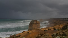 Twelve Apostles (Victor141414) Tags: rocks australia great ocean road twelve apostles cloud bad weather rain pluie sand rock sky gris grey view victoria melbourne travel samsung green bushes cloudy nuageux