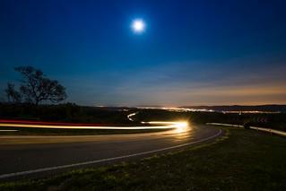 Super Luna sobre las sierras..