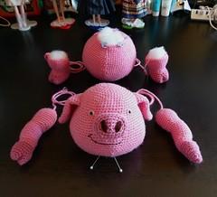 piggy (Mingle Doll 鳴娃娃) Tags: piggieandlambie crochet crochetdoll amigurumi 豬仔羊妹 鉤織 鉤織公仔