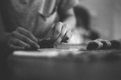 Homemade Buccellati, A Sicilian Food Psalm. (35mm) (samuel.musungayi) Tags: 35mm 135 film 24x36 analog argentique pellicule pelicula negativo negative négatif scan photography photographie fotografia samuel musungayi light life fujifilm fujicolor superia xtra 800 color couleur colour colors home low grain macro nourriture flou mono black white monochrome blanc noir