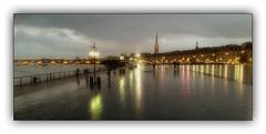 Pluie sur Bordeaux (Jean-Louis DUMAS) Tags: bordeaux ville pluie pont eau water fleuve rivière bridge night nightshot