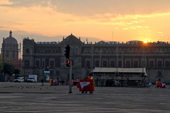 Sunrise on the National Palace (Chemose) Tags: mexicocity mexico mexique place zocalo square sunrise national palace palais palacio leverdusoleil canon eos 7d mars march
