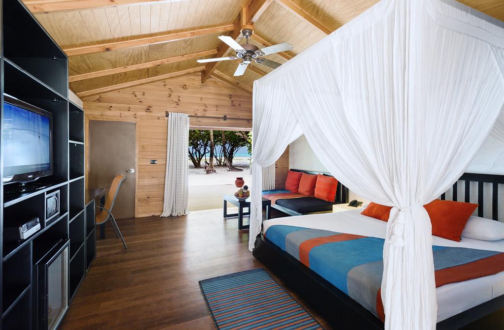 Jacuzzi Beach Villa Interior