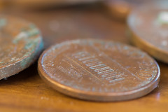 DSC_9142 (crispy1612) Tags: one cent two australian currency usa dime nikon d750 r1c1 105mm macro