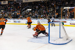 "Kansas City Mavericks vs. Colorado Eagles, December 16, 2017, Silverstein Eye Centers Arena, Independence, Missouri.  Photo: © John Howe / Howe Creative Photography, all rights reserved 2017. • <a style=""font-size:0.8em;"" href=""http://www.flickr.com/photos/134016632@N02/24278193697/"" target=""_blank"">View on Flickr</a>"