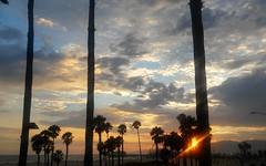 California Holiday ~ Santa Monica Pier (minnieboops) Tags: santamonicapier southerncalifornia sunset pacificcoasthighway santamonicaboardwalk shuttersonthebeach