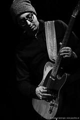 Aram Bajakian: guitar (jazzfoto.at) Tags: jazz jazzinsalzburg jazzkellersalzburg jazzclubsalzburg jazzclub jazzkeller jazzit2017 jazzsalzburg jazzlive livejazz greatjazzvenue greatjazzvenue2017 downbeatgreatjazzvenue salzburg salisburgo salzburgo salzbourg wwwjazzfotoat jazzfoto jazzphoto markuslackinger concertphoto liveinconcert stagephoto concert concierto music musician blitzlos withoutflash noflash bw sw schwarzweiss blackandwhite blackwhite noirblanc bianconero biancoenero blancoynegro sony sonyalpha sonyalpha77ii alpha77ii sonya77m2 abraxas johnzorn´spsychomagia pretoebranco