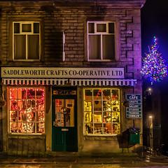 Saddleworth Craft Co-oprerative - Delph (Craig Hannah) Tags: delph saddleworth village christmas pennine longexposure lights shop westriding yorkshire oldham greatermanchester england uk craighannah december 2017