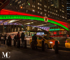 Holiday Road (matthewcohen93) Tags: grandcentral grandcentralterminal pershingsquare nyc nycphotography nikon nikond7100 night nightphotography newyorkcity ny newyork christmasinnewyork christmasinnyc holidaynewyork holidaysinnewyork holidayshops december december2017 2017 newyork2017 newyorkcity2017 new stores shoppes shops happyholidays lights