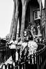 Sagrada Família (Olivier DESMET) Tags: barcelone espagne sagradafamilia catalogne olivierdesmet street streetphoto urbain urban noirblanc blackandwhite bw monochrome lesgens candid canon 6d ef24105 photosderue scenederue