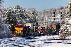 Snowy Belles (Kyle Yunker) Tags: kansas city southern kcs ns norfolk jac mac 24e intermodal train snow
