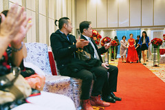 photo by 尋找卡夏 (Finding Kasher) Tags: 尋找卡夏 婚攝 婚禮紀錄 wedding weddingday findingkasher engagement bride red 等待 訂婚 文定 新娘 engagementday smile 笑容 canoneos5dmarkiii ef2470mmf28liiusm canon 2470l