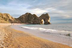 Durdle Door beach (Rob McC) Tags: beach coast shoreline sand durdledoor sea ocean geology arch rocks landscape seascape waves shore rock cliff water