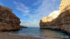 Polignano a Mare III (Frank Abbate) Tags: sea landscape italy polignano canon bari puglia apulia sud south mare adriatico adriatic rocks scogli