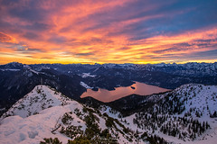 Das Flammenmeer über dem Walchensee (F!o) Tags: walchensee flammen himmel sky awesome light licht sonnenaufgang sonnenuntergang sunrise sunset alpen alps see lake wolken clouds ngc