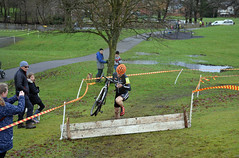 Obstacle time (Majorshots) Tags: macclesfield cheshire southpark macclesfieldwheelerssupacross2017 cyclocross petemiddleton