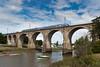 Zter sur le Blavet (videostrains) Tags: hennebont bretagne france fr fleuve blavet breizh lorient zter z21500 automotrice train ter sncf gare