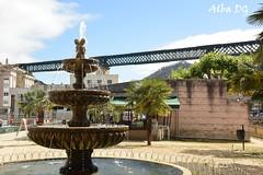 Fuente y Puente de Tren en Redondela (Galicia - España) (albadgr) Tags: fuente fountain puente bridge tren train redondela pontevedra galicia españa spain
