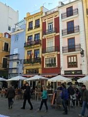 Valencia, next to Central Market (galsafrafoto) Tags: spain valencia centralmarket town buildings architecture streetphoto people traveling