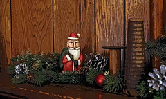 aa bfbIMG_3749 (LenoreJ2011) Tags: holiday mantle santa pinecones spools bobbins brown christmas december claus kringle father red
