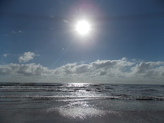Outra manhã na praia (JODF) Tags: praia beach corujas navegantes sol sun bomdia goodmorning guttenmorgen friday sextafeira freitag santacatarina