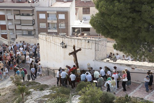 "(2010-06-25) Vía Crucis de bajada - Heliodoro Corbí Sirvent (13) • <a style=""font-size:0.8em;"" href=""http://www.flickr.com/photos/139250327@N06/24359255957/"" target=""_blank"">View on Flickr</a>"
