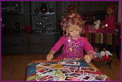 Anne-Moni ... die Karten werden gemischt ... (Kindergartenkinder) Tags: kindergartenkinder annette himstedt dolls annemoni karten