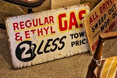 Those Days Are Gone (chauvin.bill) Tags: hss signsunday vintage woodsign