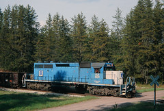 Pines of the Ottawa (view2share) Tags: els501 emd electromotivedivision engine eastbound els escanabalakesuperior sd402 fr2200 ottawanationalforest freight freighttrain freightcar freightcars forest crossing woods wood northwoods northwood upperpeninsula uppermichigan northernmichigan deansauvola crossbuck railway rr railroading railroads railroad rail rails railroaders rring roadtrip track transportation trains tracks train transport trackage trees may272006 may2006 may 2006 ob ontonagon houghtoncounty frost dirtroad rural michigan mi