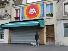 Space Invader PA_1174 (tofz4u) Tags: 75012 paris streetart artderue invader spaceinvader spaceinvaders mosaïque mosaic tile pa1174 chien dog street rue people