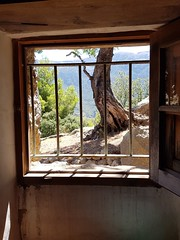 The world beyond (Pat Aguiló) Tags: deià world freedom landscape countryside beautiful prison breakfree dreamon travel