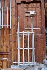 sled sided (Riex) Tags: sleds luges wall mur chalet mazot decoration wood bois saintjean stjean anniviers valdanniviers valais wallis suisse switzerland schweiz a100 minoltaamount amount sal1680z variosonnartdt35451680 carlzeisssonyf35451680mm
