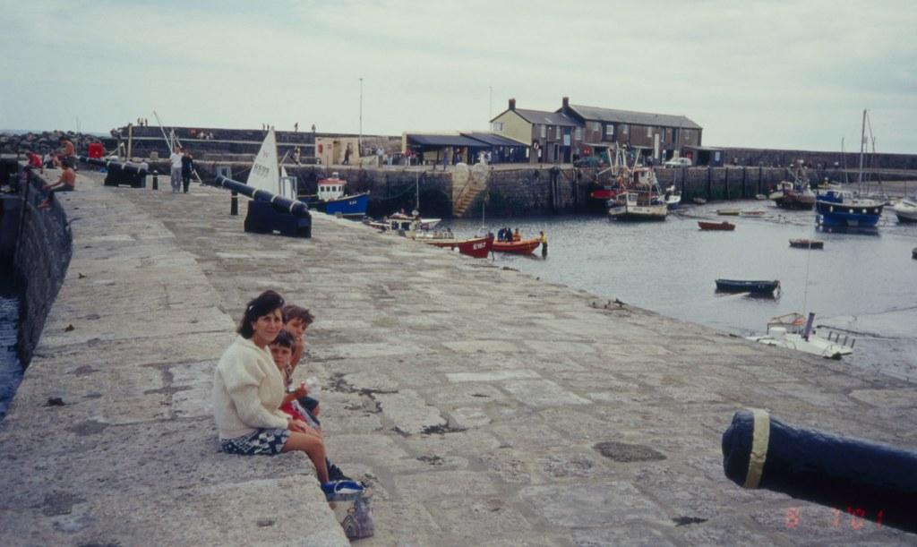 The Cobb,Lyme Regis 8 7 2001